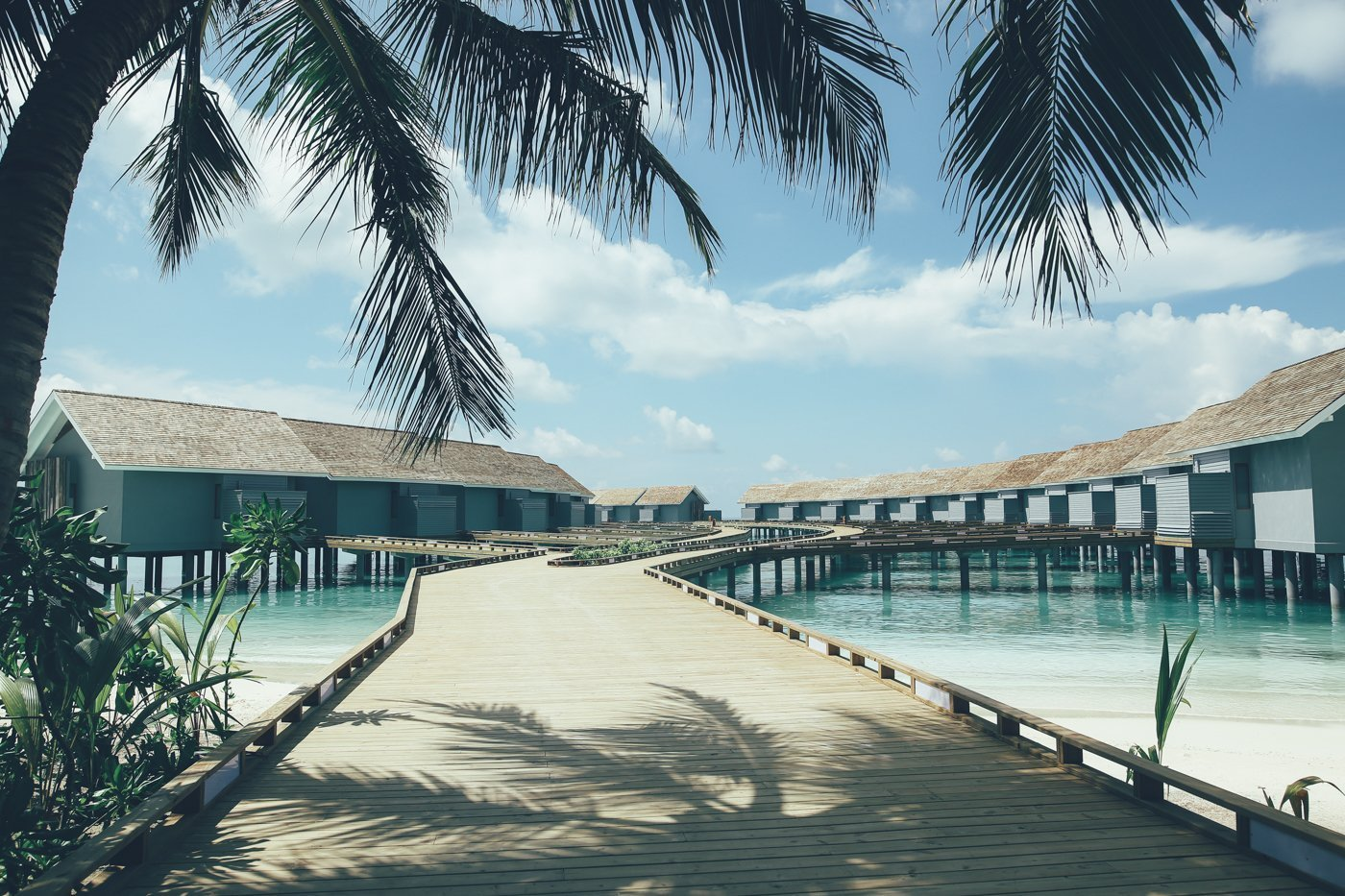leben auf dem wasser im kuramathi resort auf den malediven. Black Bedroom Furniture Sets. Home Design Ideas